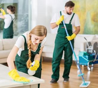 Estudiar máster en dirección de empresas de limpieza