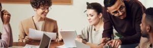 Descubre la comunicación empresarial y cómo mejorarla en tu trabajo