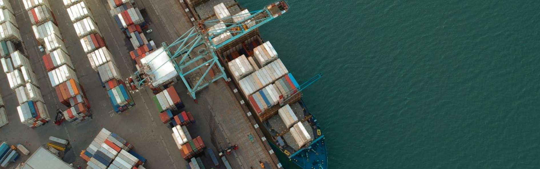 Descubre el crédito documentario y su importancia en transacciones comerciales internacionales