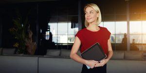 Fórmate con un curso azafata de eventos y especialízate