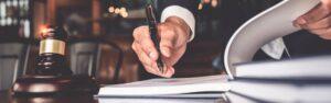 Descubre el informe pericial y su importancia en un proceso judicial