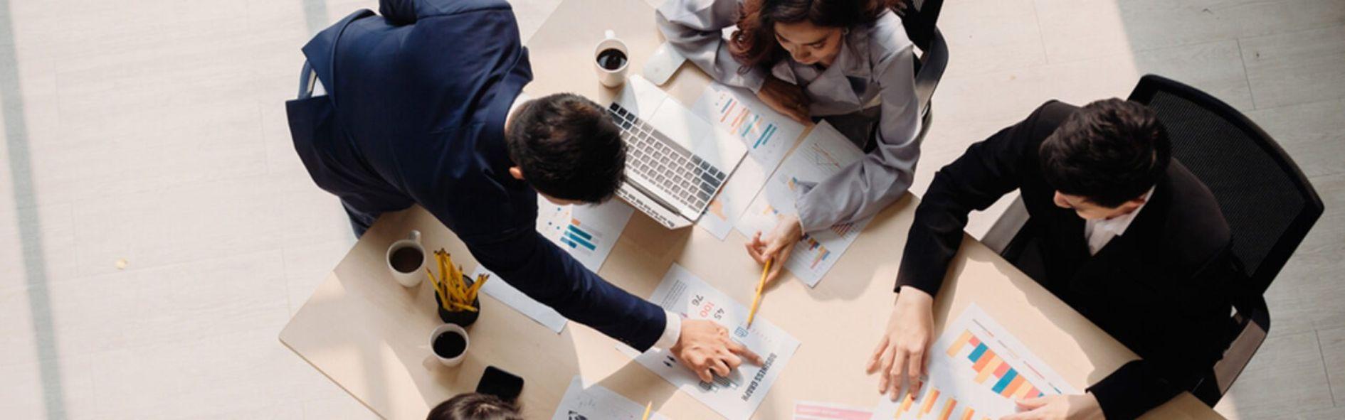 Descubre el microentorno de una empresa y qué factores influyen en él